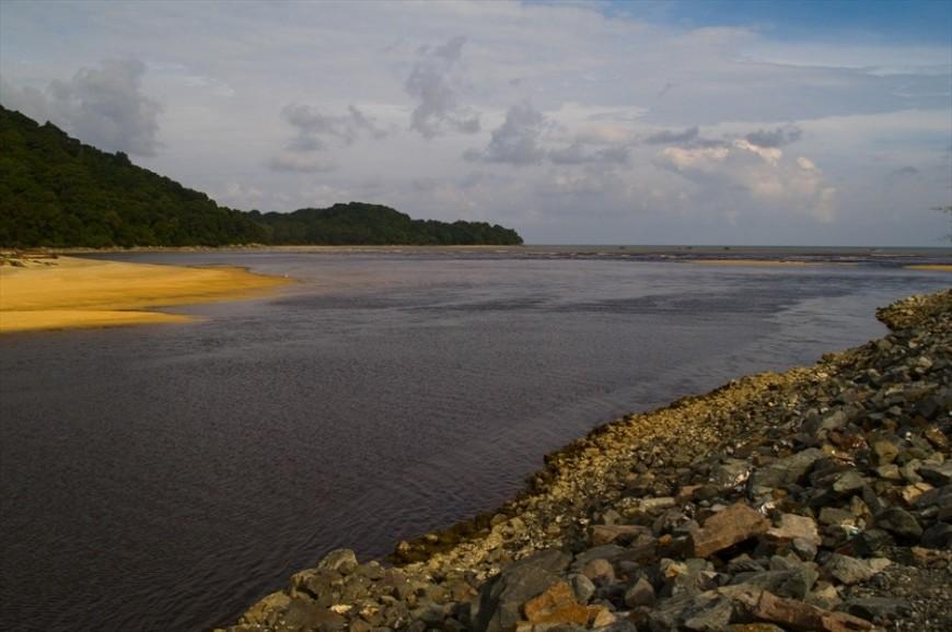 بحيرة كينير ولاية ترينجانو ماليزيا