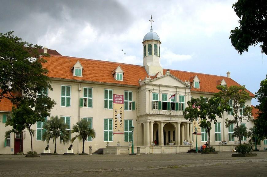 متحف الدمى جاكرتا اندونيسيا