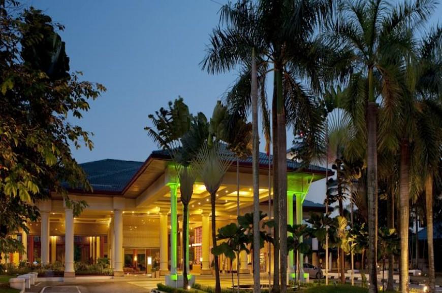 فندق هوليدي ان شاة علم سيلانجور ماليزيا