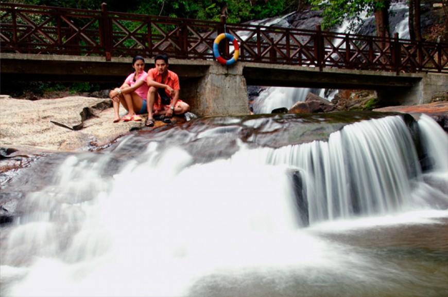 شلالات كوتا تينجي في ولاية جوهور بماليزيا