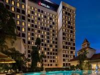 فندق تريدرز سنغافورة